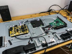 تعمیر شکستگی پنل تلویزیون